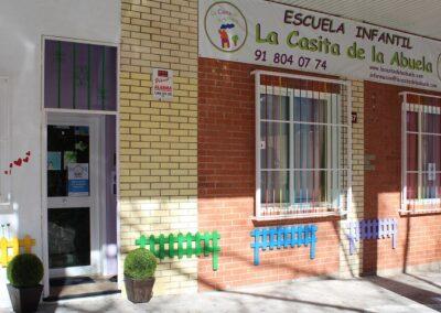 entrada centro guarderia infantil tres cantos